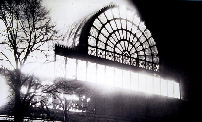 1866 a fire broke out destroying the North End of the Crystal Palace