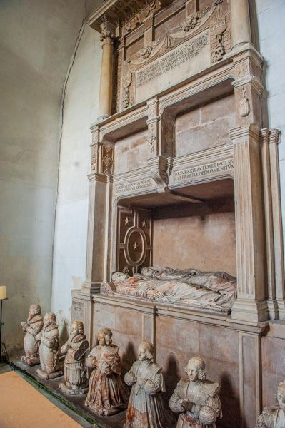 Tomb of Sir George Bruce in Bruce (& his wife) of Carnock burial vault, Culross Abbey Church, Culross, Fife